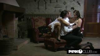 Aurora Oliveira e Marika Ferrero, milf e teen amano il cazzo