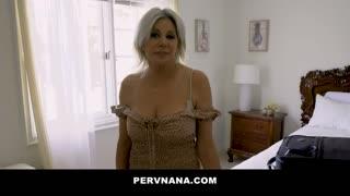 Perv Grannies Payton Hall, Syren de Mer Give A Surprising Reward
