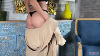 Million Dollar Babe Jumped on the Dick and made a Great POV Blowjob