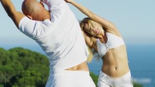 瑜珈教练如何带给你快乐的教学方法