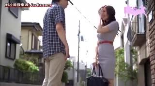[PPPD-415] 超高級巨乳出租女友 JULIA