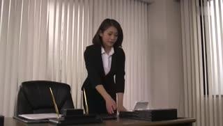 (中字)转职后女上司在勤务中总是被玩弄的我