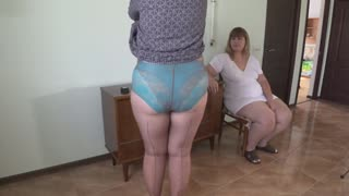 Mature lesbians play in a gynecologist, open the vagina with a medical dilator, examine the cervix.